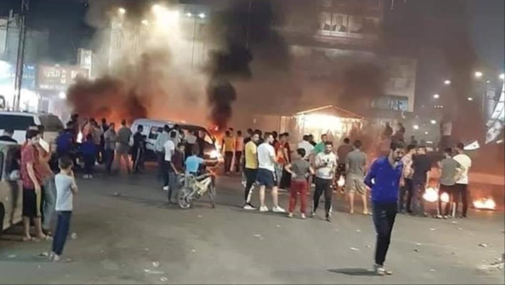 حرق إطارات وقطع طريق في الأردن