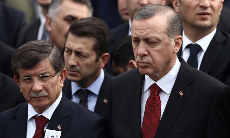 داود-اوغلو وأردوغان