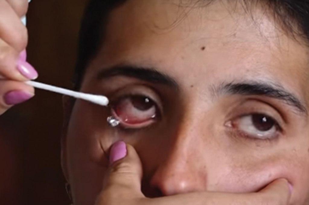 فتاة أرمينية دموع كريستال