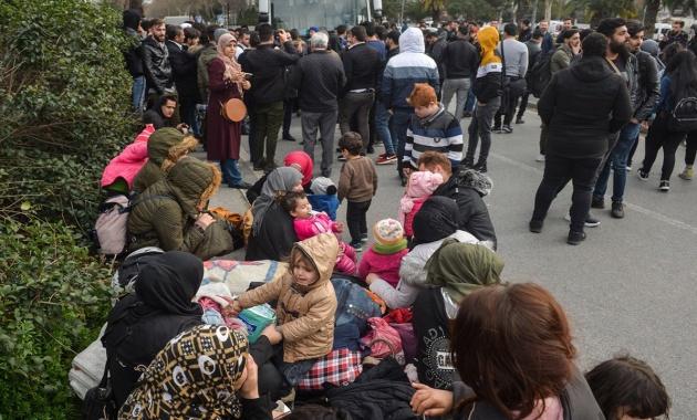 مهاجرين اليونان