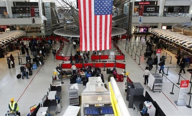 السفر إلى أمريكا